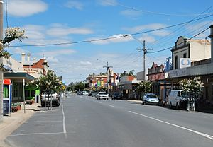 Numurkah - Melville St, the main street of Numurkah