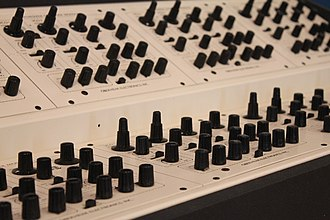 Oberheim polyphonic - Image: Oberheim Dual Manual 8Voice SEM units