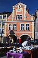 Obnovený dům na náměstí - panoramio.jpg
