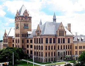 English: Wayne State University's Old Main see...