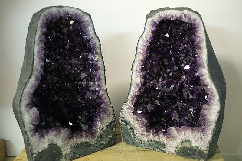 Unstable Precursor Dark Eco Crystals