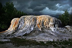 Orange Spring Mound at Mammoth Hot Springs.jpg
