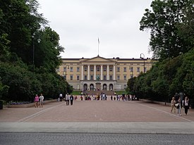 Oslo Royal Palace 01.JPG