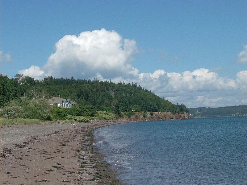 File:Ottawa House, Parrsboro, Nova Scotia 01.jpg