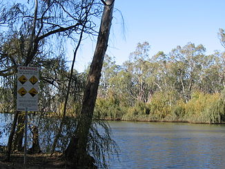Ovens River in Bundalong