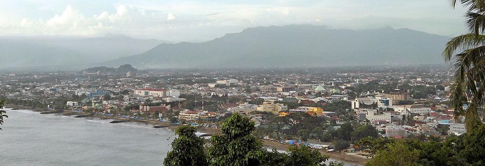 Padang Indonesia  city photo : 1000px Padang dari Gunung Padang 2