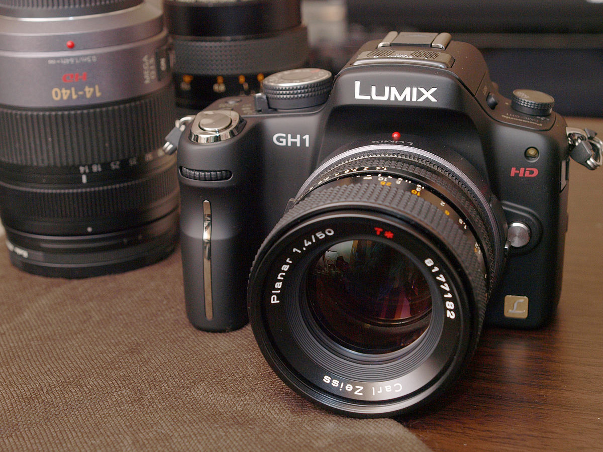 Panasonic Lumix DMC-GH1 - Wikipedia