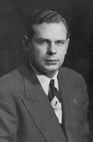 Paul Hellyer - Hellyer in the 1940s (age early 20s)