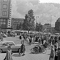 Pinksterdriemarkt in Rotterdam. Coolsingel, Bestanddeelnr 908-6758.jpg