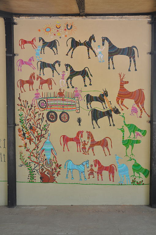File:Pithora Painting at Crafts Museum.jpg - Wikimedia Commons