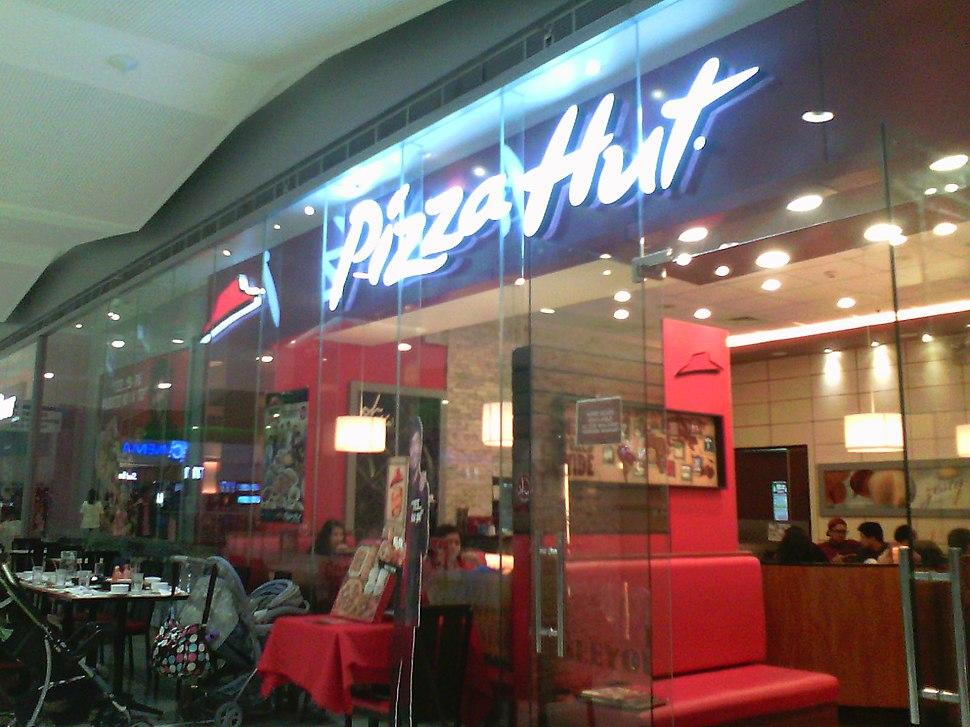Pizza Hut (SM City BF Parañaque branch) storefront