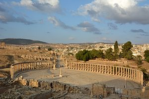 Jerash - The Oval Forum and Cardo Maximus in ancient Jerash