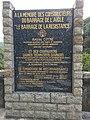 Plaque commémorative posée au barrage de l'Aigle.jpg