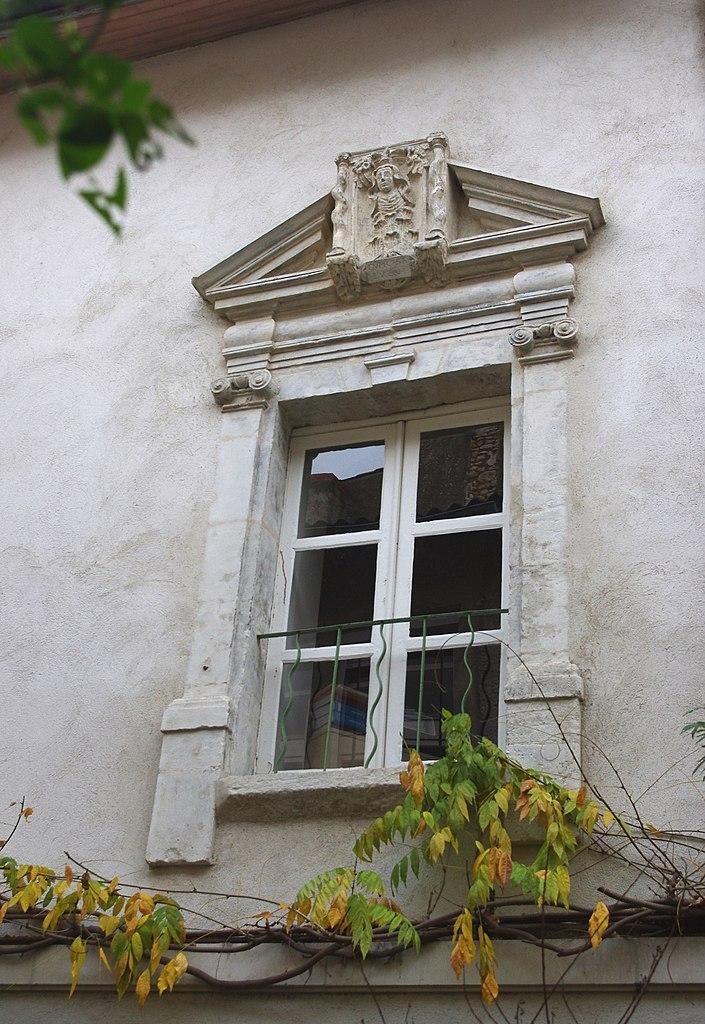 Fichier poitiers 9 rue du g n ral berton fen for Fenetre wikipedia