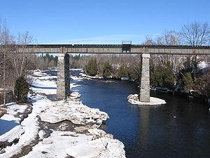 Pont-Rouge - Pont-Rouge railroad bridge over the Jacques-Cartier River