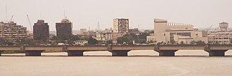 Treichville - Image: Pont de Gaulle et Treichville, Abidjan