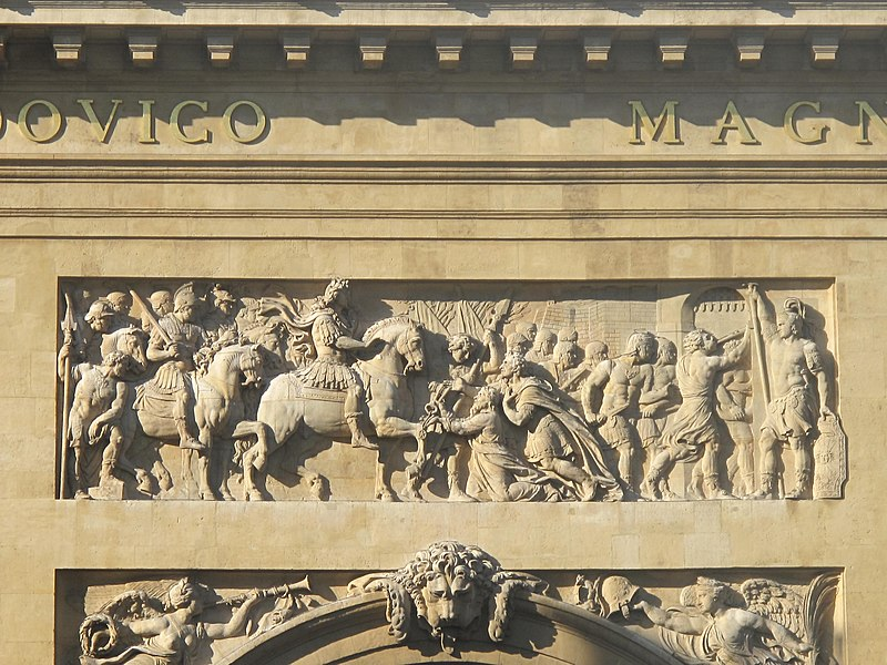 Fichier:Porte Saint-Denis La prise de Maastricht.jpg