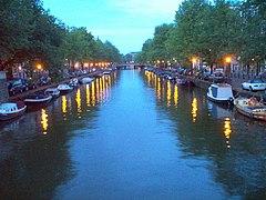 Prinsengracht Amsterdam at Dusk.jpg