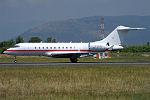 Private, C-GOPG, Gulfstream Global 6000 (19563953666) (2).jpg