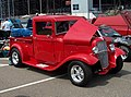 Red Street Rod Pickup (24265647890).jpg