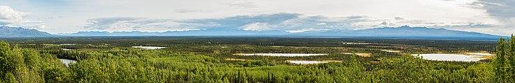 Refugio Nacional de Vida Silvestre Tetlin, Alaska, Estados Unidos, 2017-08-24, DD 44-52 PAN.jpg