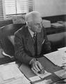 Robert A. Millikan 1947.png