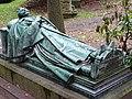 Roth von Schreckenstein-Grabmal PM17-2.jpg