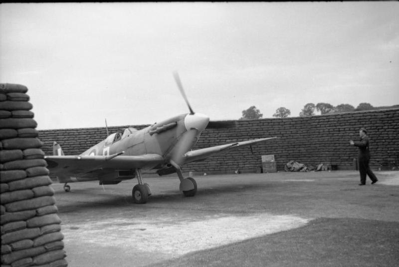 Royal Air Force Fighter Command, 1939-1945. CH5840