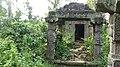 Ruined jain stone temple at Panamaram.jpg