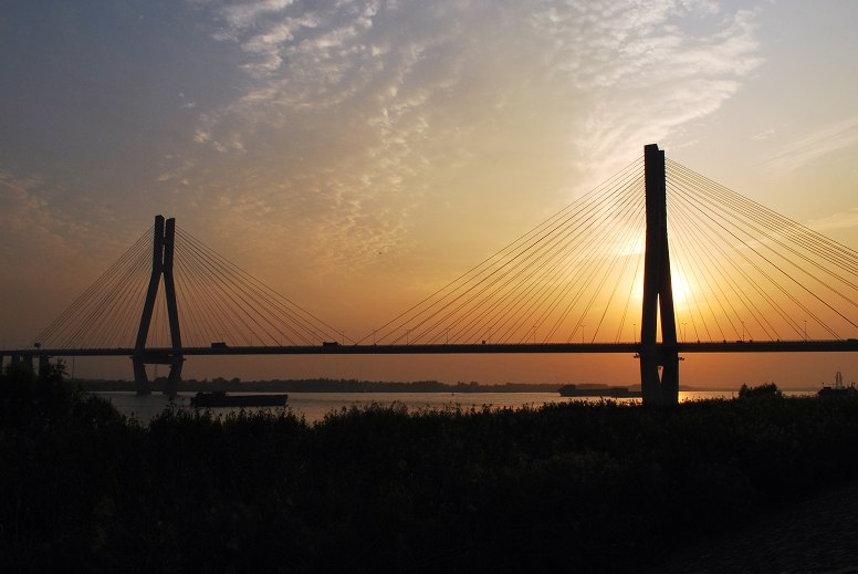 Runyang North Bridge.jpg