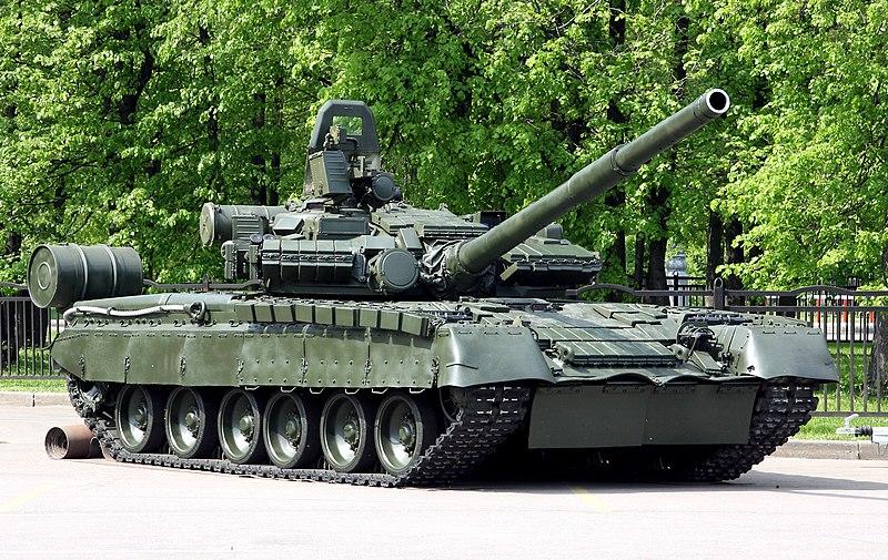 T-72B1 - Página 4 800px-Russian_T-80BV