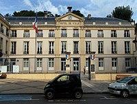 Sèvres - Town hall - 2.jpg