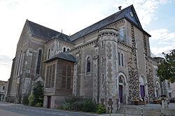 Saint-Julien-de-Concelles - Eglise Saint-Julien (2).jpg