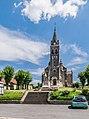 Saint Michael church of Villeloin 01.jpg