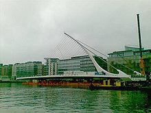 Samuel beckett bridge moored.jpg