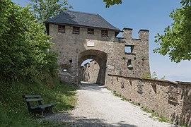 Sankt Georgen am Längsee Burg Hochosterwitz 06 Manntor 01062015 4267.jpg