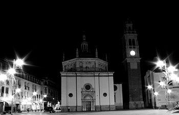Santuario di Santa Maria di Piazza, notte..jpg