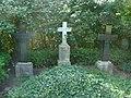 Schloen-friedhof-behr-negendank-bluecher.JPG