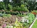 Schloss Hausen Garten.jpg