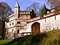 Schloss Lichtenstein, westliche schwäbische Alb (7325645150).jpg