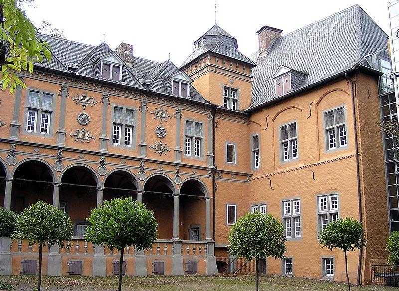 Замок Райдт. Свободное изображение Викимедии, автор Arcturus.