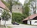 Schorndorf, CHA - Neuhaus - Burgruine v S.jpg