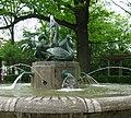 Schwanenbrunnen Zwickau.JPG