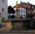 Sebastianiplatz Brunnen (Landau an der Isar).jpg