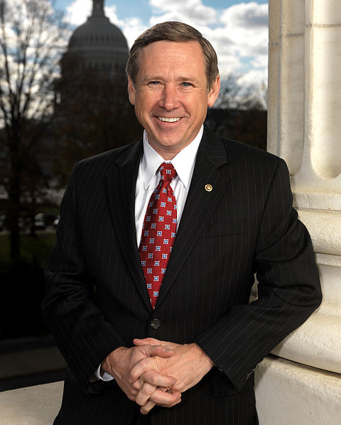 चित्र:Senator Mark Kirk official portrait.jpg