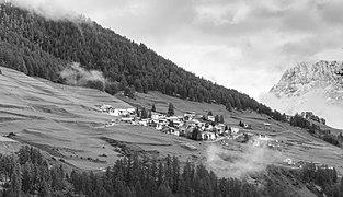 Sent, (1430 m.) dorp in kanton Graubünden in Zwitserland 09-09-2019 (actm.) 09.jpg