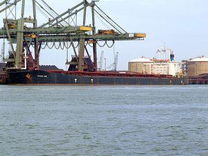 Setsuyo Star - IMO 8406391 - Callsign 9HYY6 p1, Mississippi harbour, Port of Rotterdam, Holland 20-May-2007.jpg
