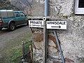 Signpost Kinloch Hourn - geograph.org.uk - 652791.jpg