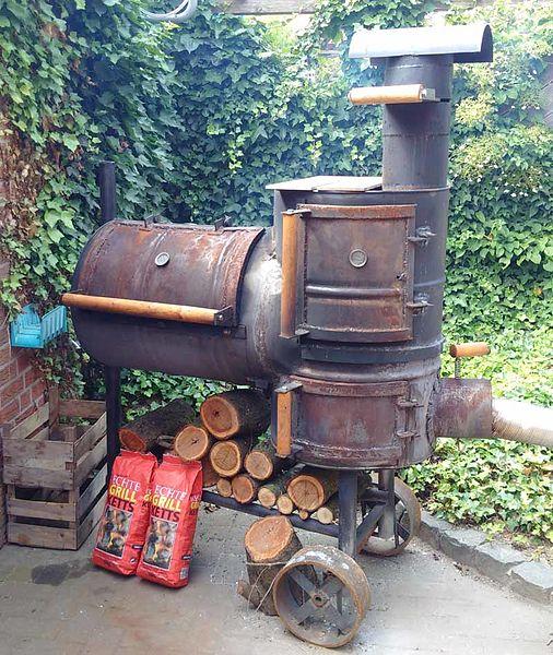 Datei:Smoker Grill Eigenbau.jpg