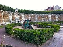 Bancs publics (Versailles Rive-Droite) — Wikipédia